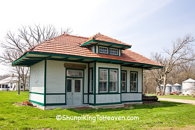 Railroad Depot, Funks Grove, McLean County, Illinois