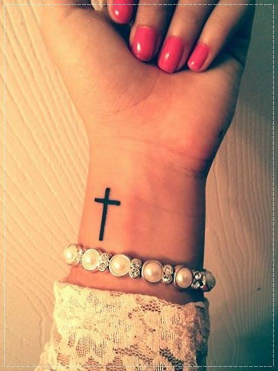 12 Increíbles Y Delicados Tatuajes En La Muñeca Que Te Encantarán