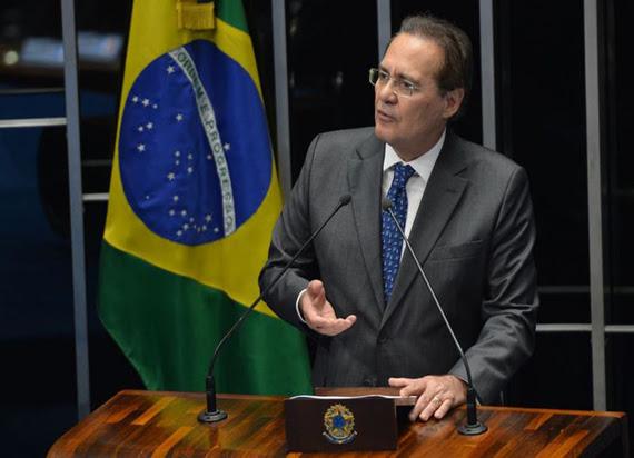Renan Calheiros: democracia no Brasil é feita para ouvir sociedade / Antônio Cruz/Agência Brasil