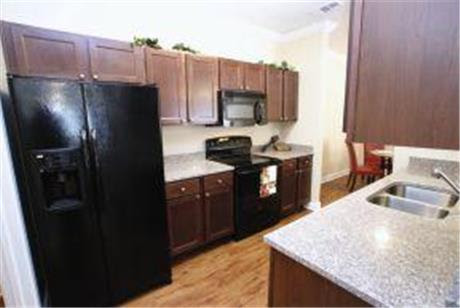 110 West Concord Apartments, Clarksville, TN