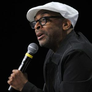 Spike Lee critica falta de diversidade da Academia ao receber Oscar honorário