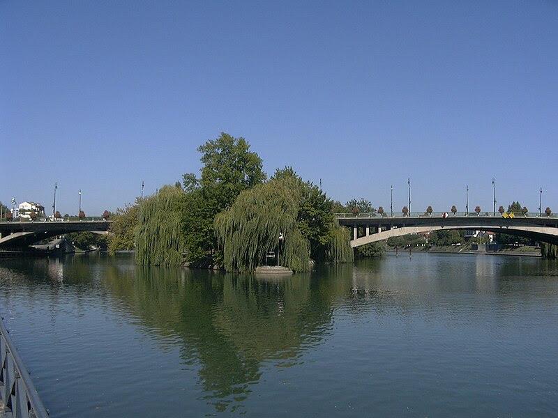 Archivo:Pont 2003.JPG