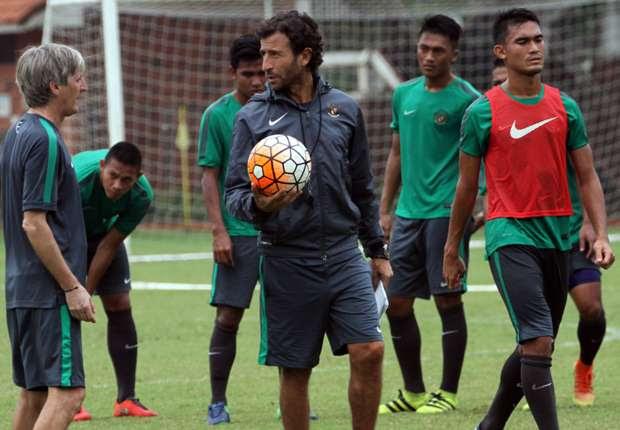 Hanya 23 Pemain Yang Ikut Latihan Perdana Jelang Keberangkatan SEA Games  Goal.com