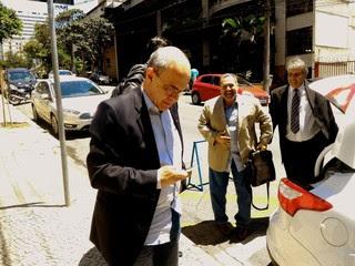 Presidente Carlos Eduardo Bandeira e diretor-executivo Fred Luz, do Flamengo, reunião Sul-Minas-Rio (Foto: Vicente Seda)