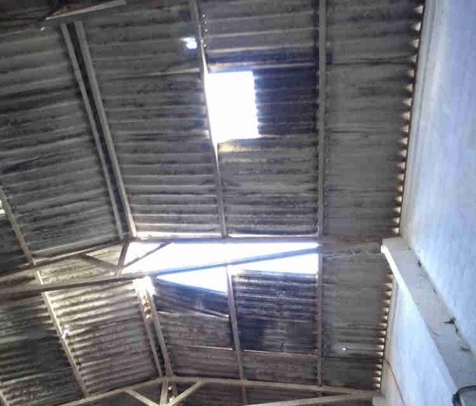 Vereadores cobram reparos urgentes no Mercadão municipal em Serrinha