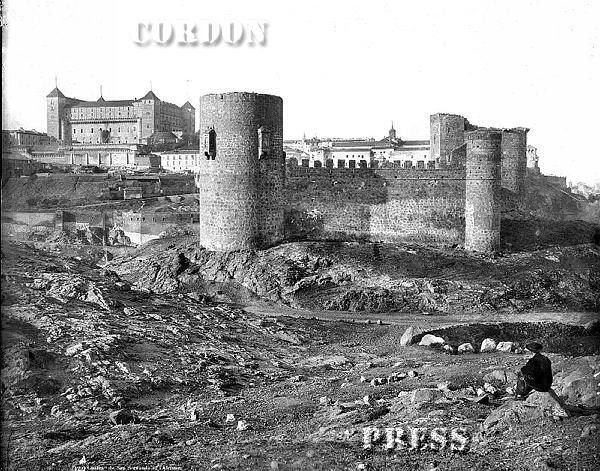 Castillo de San Servando en Toledo hacia 1875-80. © Léon et Lévy / Cordon Press - Roger-Viollet