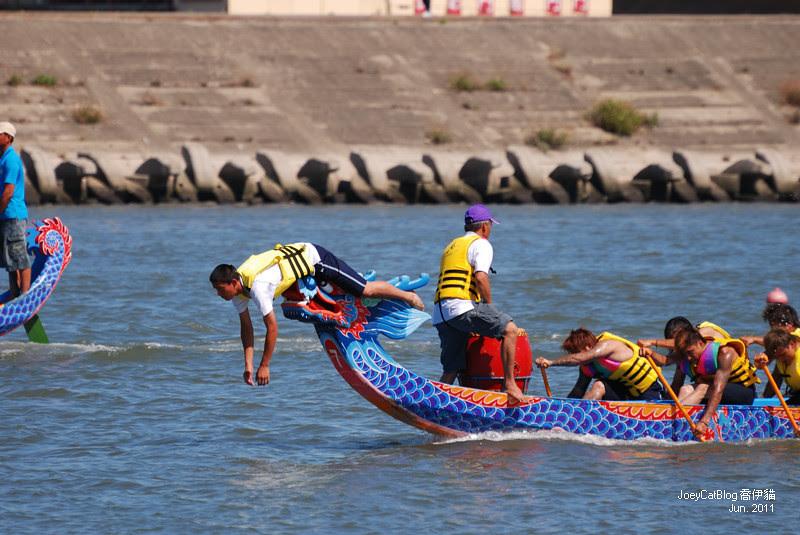2011_0606_[彰化] 浪裡奪標賽龍舟。2011鹿港慶端陽DSC_1573