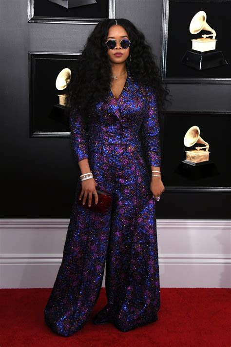 Red carpet hits and misses from the 2019 Grammys