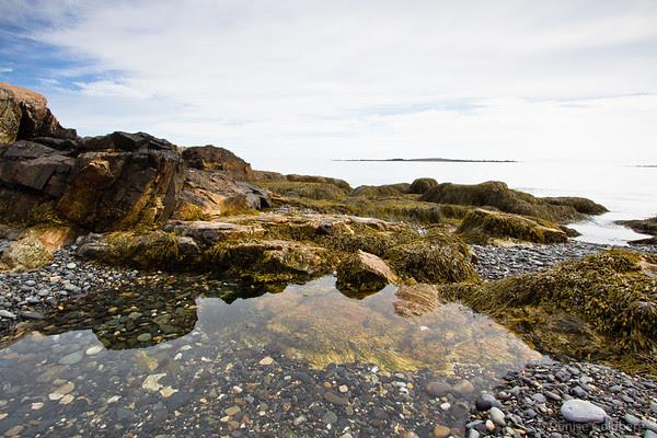 almost symmetrical, ocean, rocks, pool of water