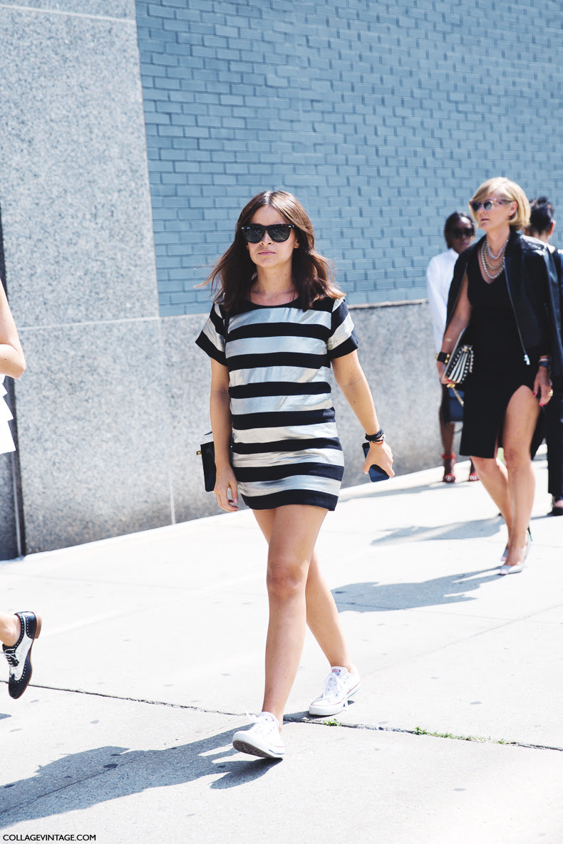 New_York_Fashion_Week_Spring_Summer_15-NYFW-Street_Style-Miroslava_Duma-Pregnant-Converse-Striped_Dress-1