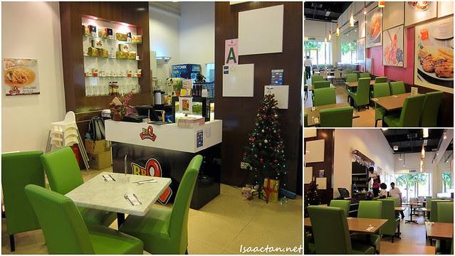 BBQ Chicken Wangsa Walk Mall Decor