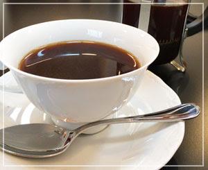 フレンチプレスでいただくコーヒー、とても久しぶり。