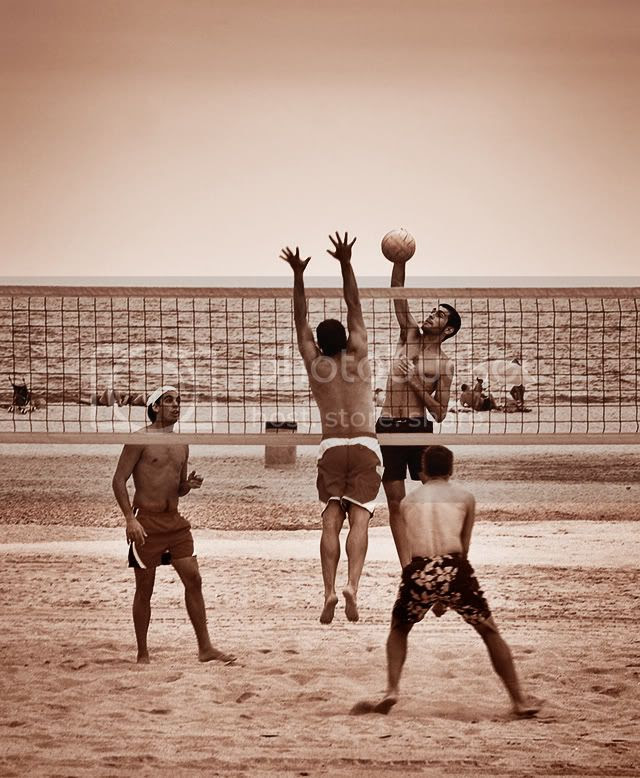 Beach Volley at Premiá de Mar, Maresme, Barcelona [enlarge]