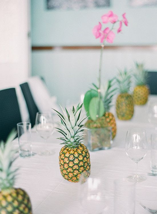 Pineapple table decor