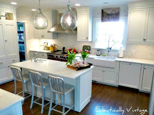 Savvy southern style my favorite room eclectically vintage for Southern style kitchen ideas