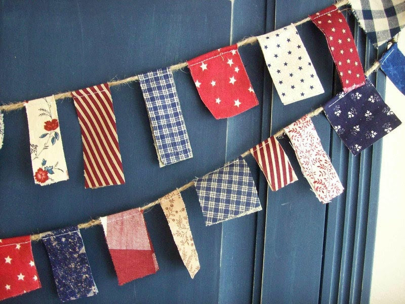 Patriotic Scrappy Banner/ 4th of July  Banner  / Party Garland/ Photo Prop in Vintage Red, White and Blue