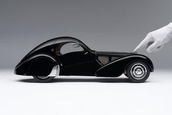 Bugatti 57SC Atlantic (1936) 'La Voiture Noire' - Amalgam Collection