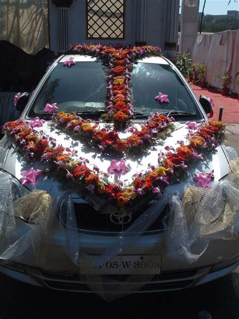 Floral and Landscaping: Wedding Flower Deco Indian Wedding