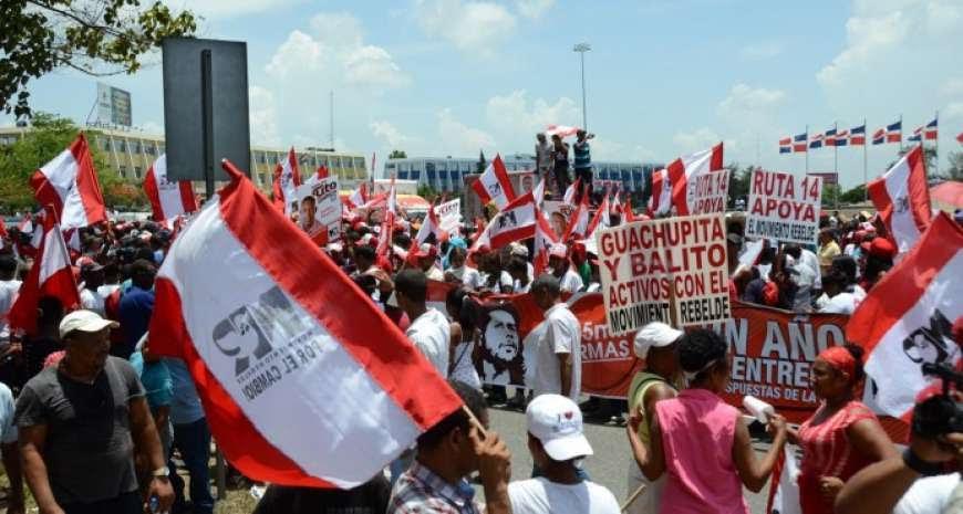 Exigen Juan Hubieres pague dieta prometió para protestas en JCE