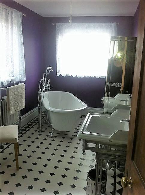 Victorian Style bathroom wall & floor tiles.North London ...