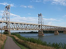 Meridian Bridge.jpg