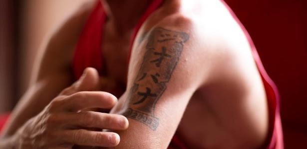 Francisco teve sua tatuagem confundida com a de sequestrador e passou dois meses preso