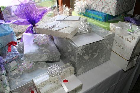 registering  wedding gifts wedding planning ideas