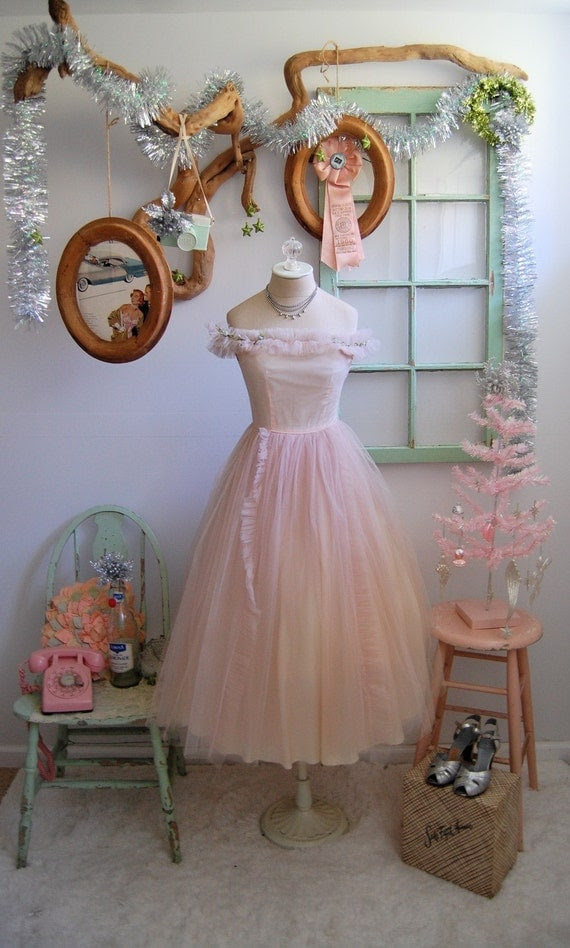 The Paige- Vintage 1950s Pale Pink Ballerina Tulle Floral Party Dress