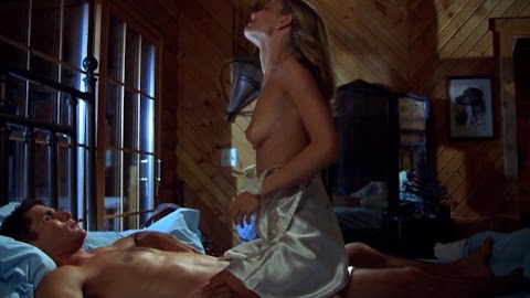 Sarah Wynter Nude Pictures Exposed (#1 Uncensored)