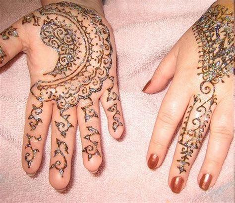 New and Stylish Bridal Mehndi Designs 2014
