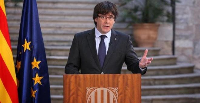 Fotografia facilitada por la Generalitat de Catalunya del presidente cesado, Carles Puigdemont, durante su comparencia de este sábado. EFE/Generalitat de Cataluña/Jordi Bedmany