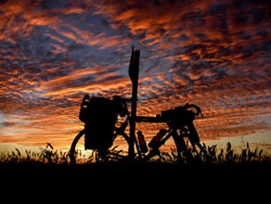During the 163 day World Record circumnavigation, Vin Cox enjoyed this beautiful sunset in the Australian outback