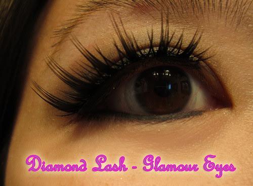 Diamond Lash Gorgeous Eyes close