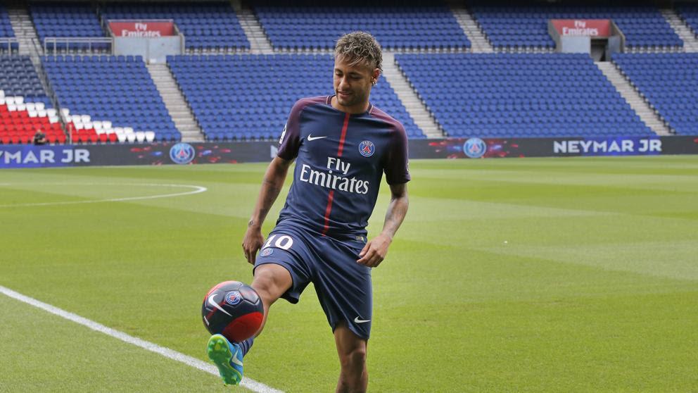 La presentación de Neymar con el PSG, en directo