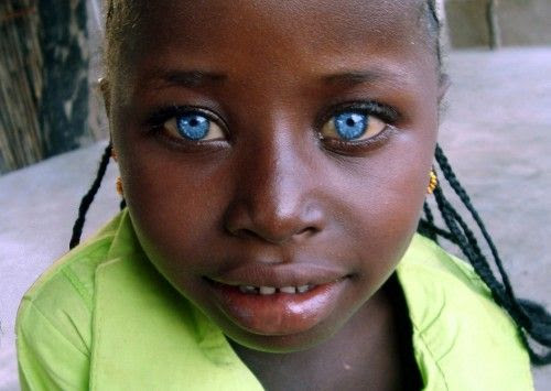 black-girl-with-blue-eyes