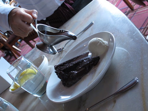 Step 1: Tableside Chocolate Indulgence