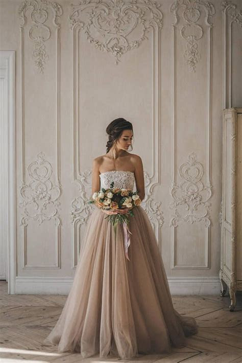 2363 best Of Gorgeous Gowns images on Pinterest