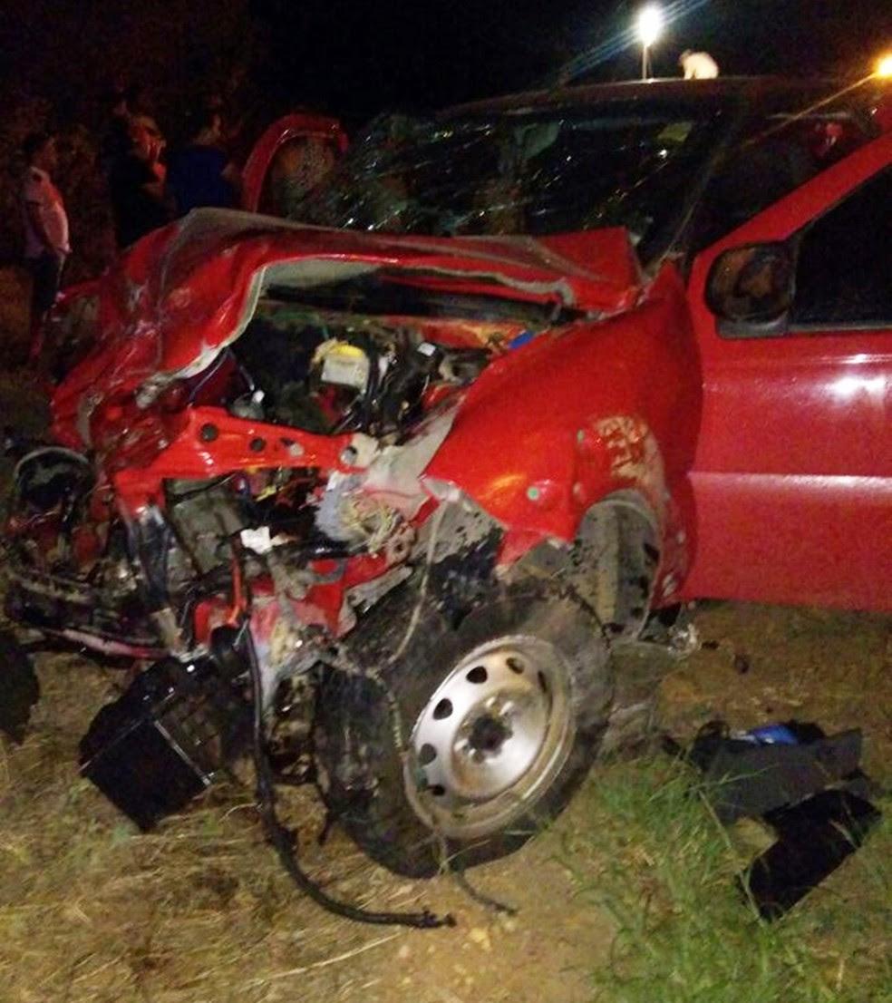 Acidente aconteceu entre as cidades de Acari e Cruzeta (Foto: PM/Divulgação)