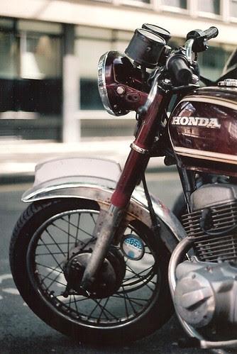 Honda CD200 Benly by Vespamore !