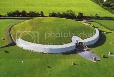 Newgrange Pictures, Images and Photos