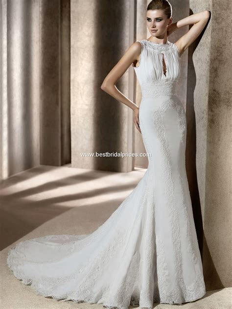 "Wedding Dresses and Wedding Accessories: Pronovias ""In"