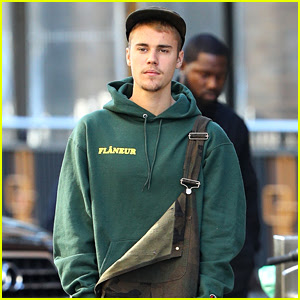 Justin Bieber Wears Overalls for Lunch in Sydney