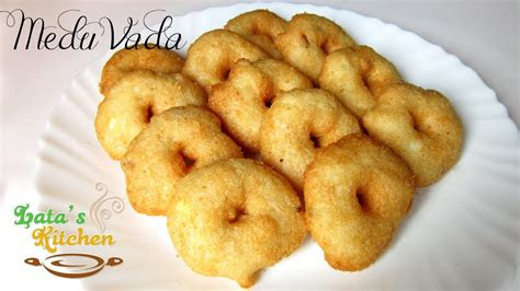 medu vada recipe south indian vegetarian snack recipe