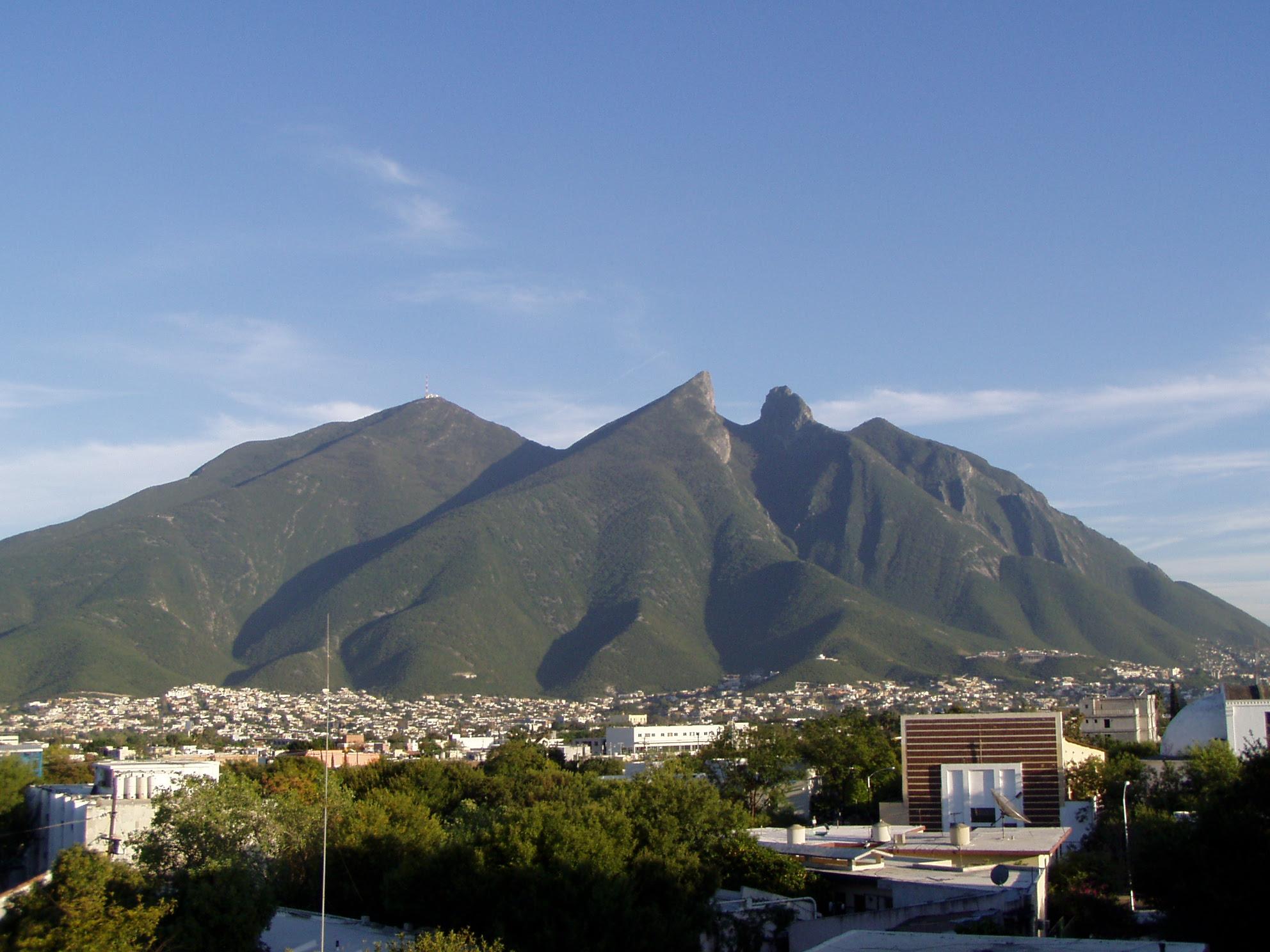 Cerro de la Silla, Nuevo León, México, Monumento