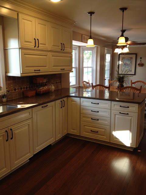 Shenandoah- Mckinley Maple Cream Glaze - Traditional ...