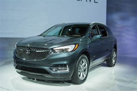 buick enclave revealed  luxurious avenir trim