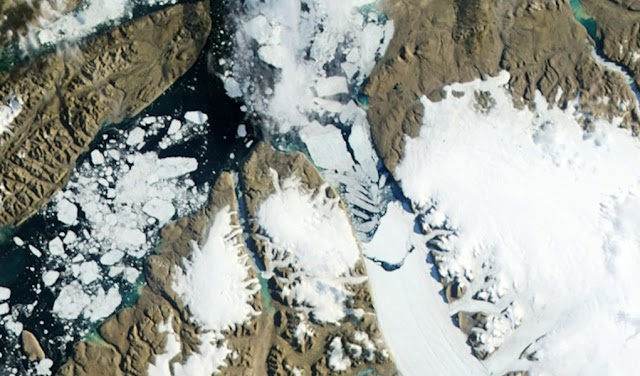 Onda de calor na Groenlândia acelera degelo da calota polar
