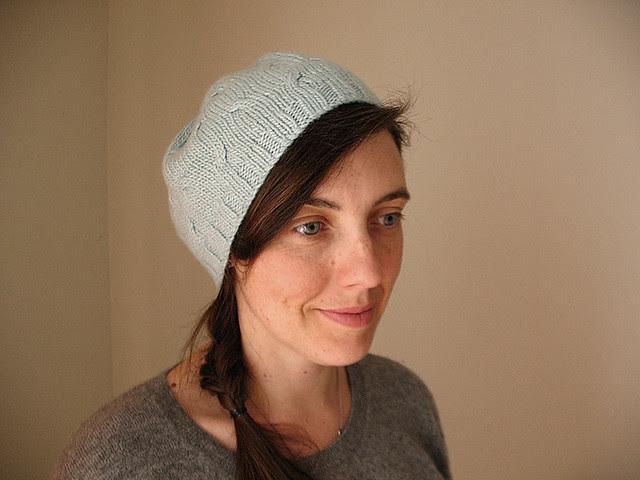 Mini cables hat 2