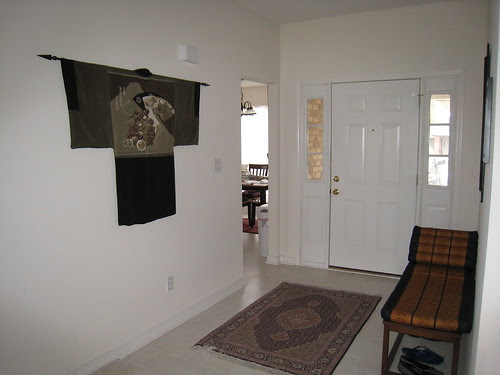 Entryway (right wall)