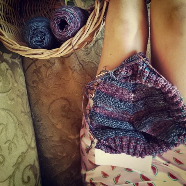 Some early morning knitting outside in my 'nighty' before we start back at school for 2014.... #followyourarrowkal #ysoldakal #knitting